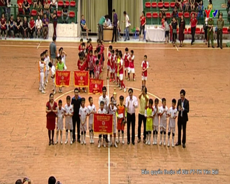 Tường thuật lễ bế mạc và trao giải bóng đá Nhi đồng cúp PT-TH Yên Bái lần thứ XVI năm 2018