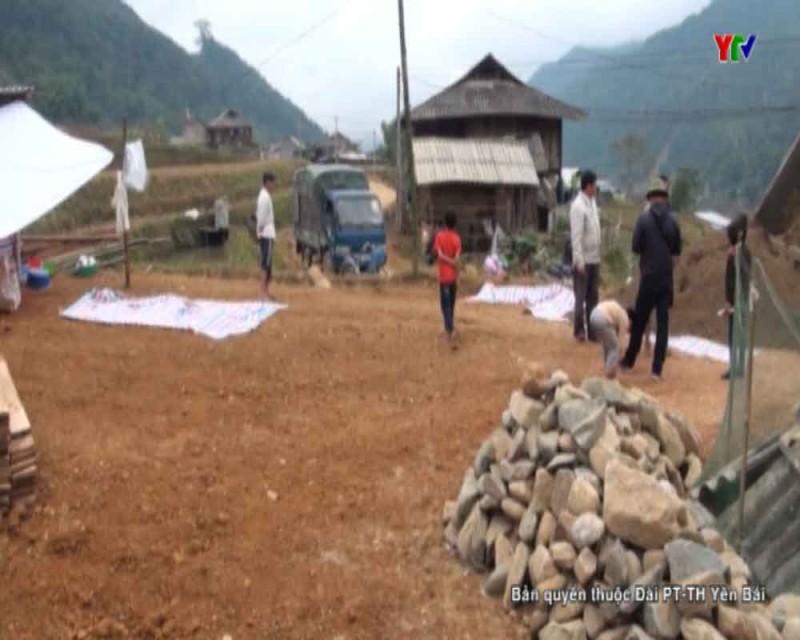 Trạm Tấu nỗ lực hỗ trợ làm nhà cho người dân vùng lũ